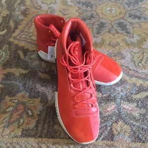NWT Under Armour shoes